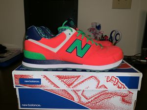New Balance size 9 WMNS for Sale in Washington, DC