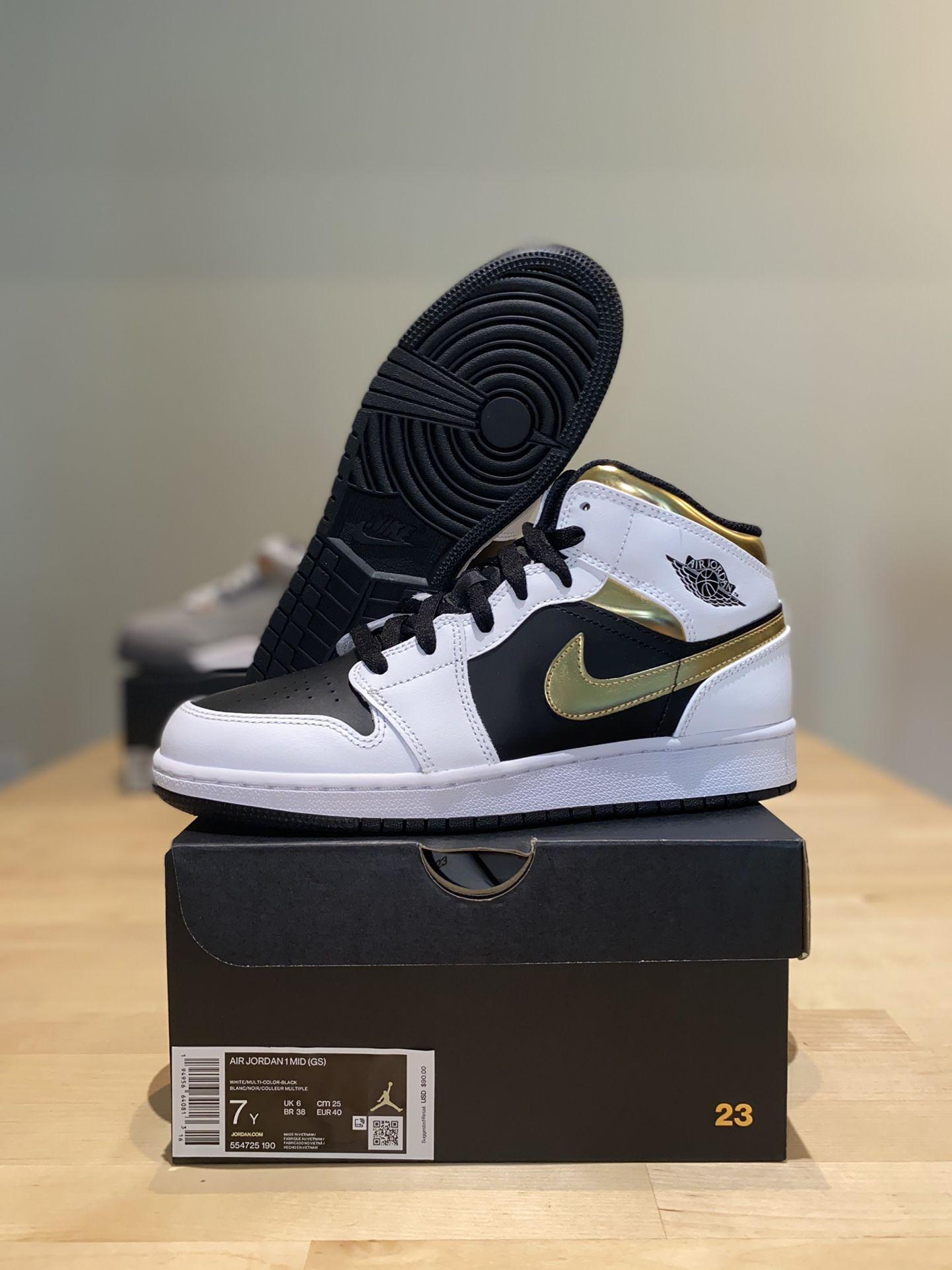 Jordan 1 Mid White & Gold Size 5.5 & 7 Deadstock