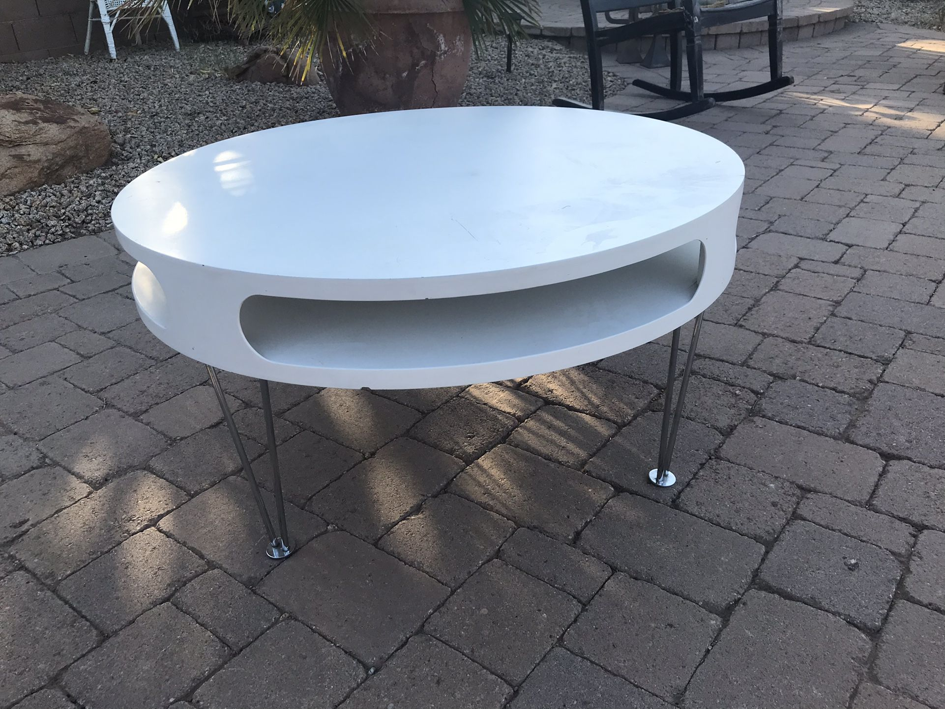 Hairpin Leg Round Coffee Table W/futuristic Openings 7th St/Thunderbird