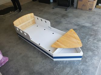 Toddler Bed (Mattress Not Included) Thumbnail