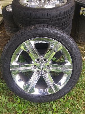 22 inch Chevy wheels an gmc in Escalade 6 lugs OEM rims 1000 obo for Sale in Baltimore, MD