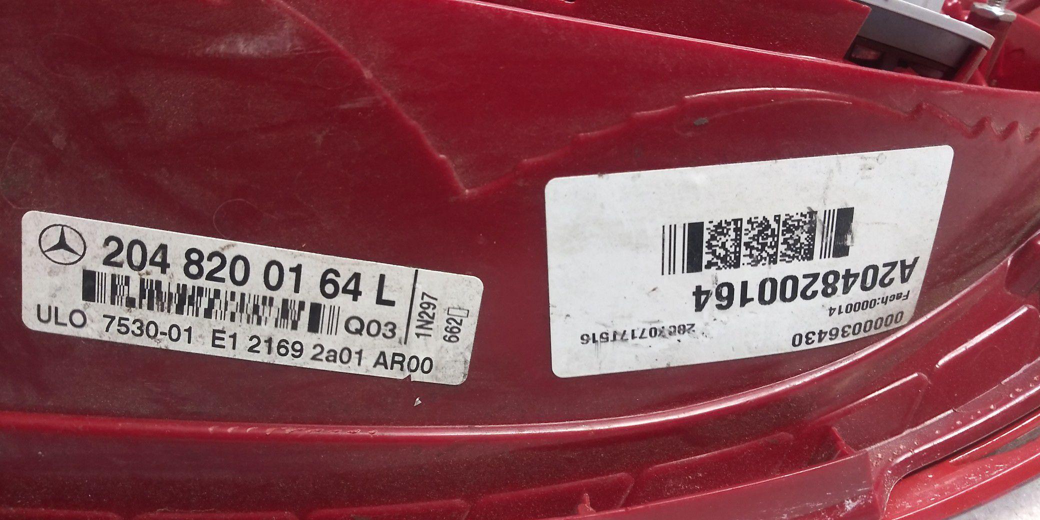 2008 - 2011 Mercedes C class tail light