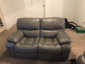 Recliner couch & love seat for Sale in Oxon Hill, MD