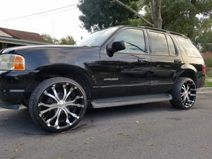 2003 FORD explorer..150,000 miles. Clean title. DVD PLAYER. 22 inch rims.Leather seats.Led lights. $4000 for Sale in Adelphi, MD