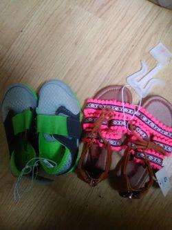 2 Brand new paír never worn Thumbnail