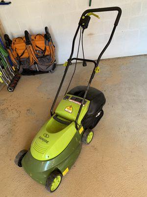 Sun Joe MJ401E Mow Joe 14-Inch 12 Amp Electric Lawn Mower With Grass Bag for Sale in Arlington, VA