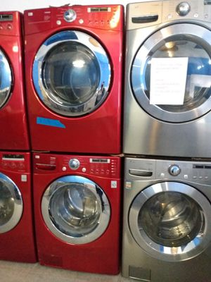 Photo LG FRONT LOAD WASHER AND DRYER SET IN EXCELLENT CONDITION 4 MONTHS WARRANTY