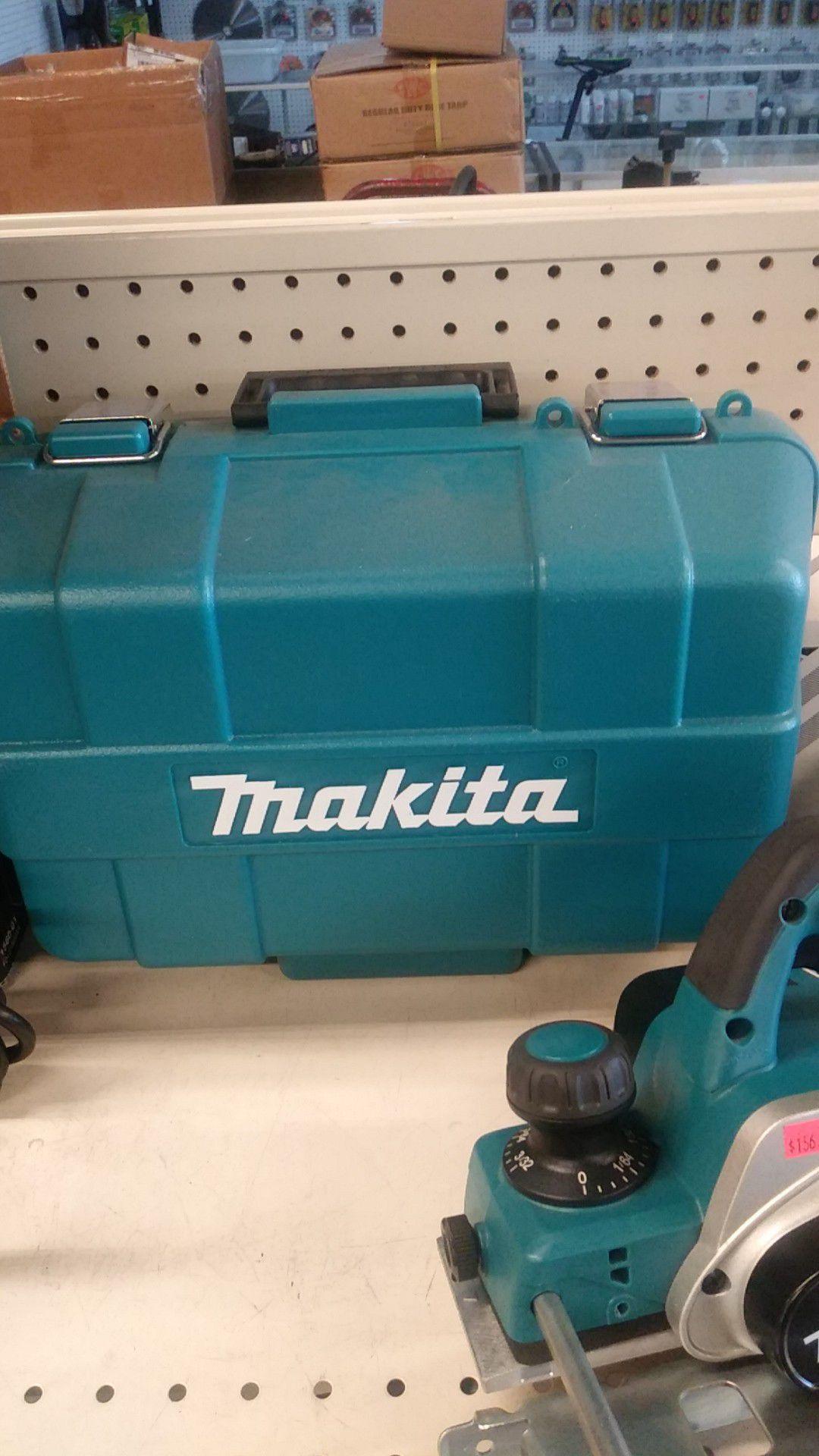 """Brand new Makita 3-1/4"""" Planer Kit with Storage Box"""