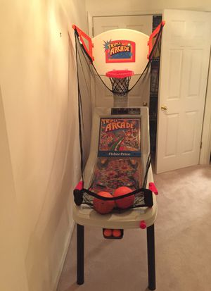 3 in 1 Game arcade-Basketball, Skeet ball and Pinball -Fisher Price Arcade for Sale in Potomac, MD