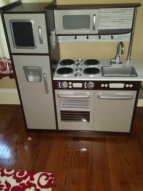 Kidkraft Life Sized Play Kitchen For Sale In Ellenwood Ga
