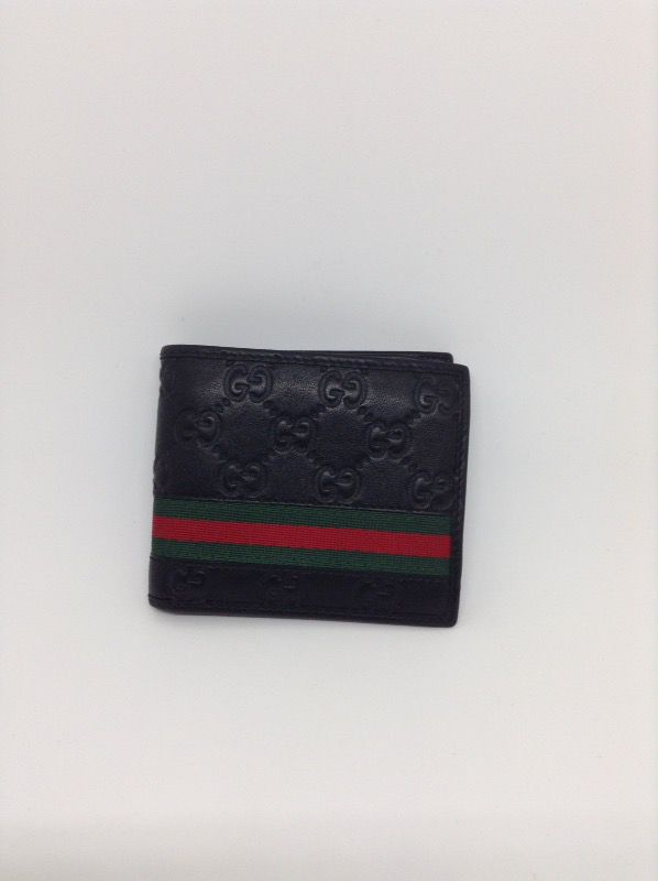 670f82509efab9 GUCCI 365491 Guccissima Bi- Fold Wallet Black w/Green & Red Stripe for Sale  in Boca Raton, FL - OfferUp