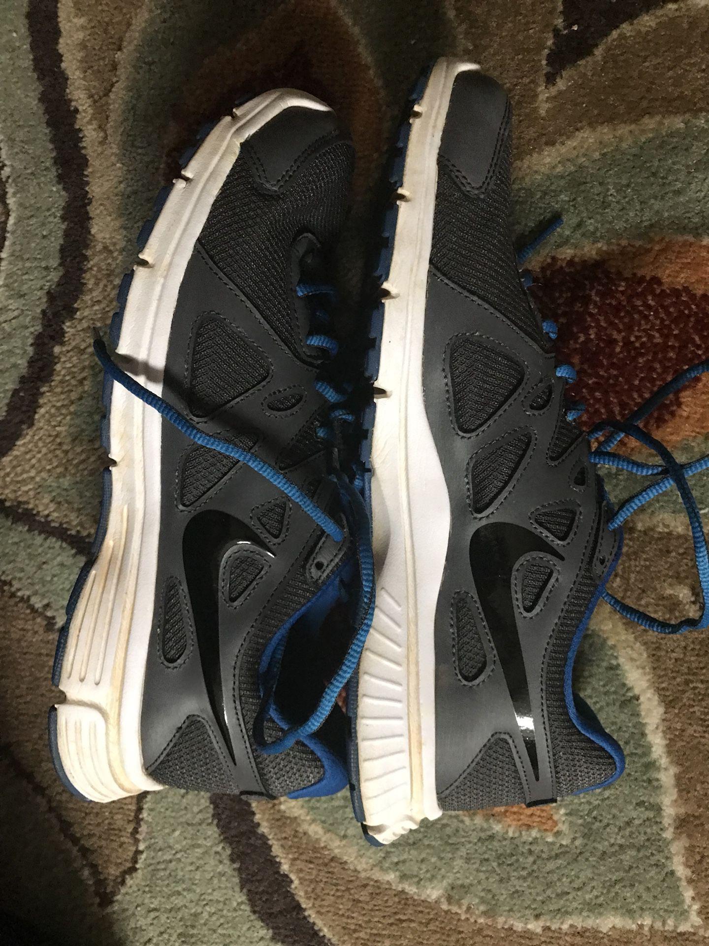 Nike running shoe. Size 11