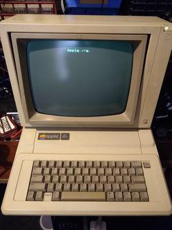 Vintage Enhanced Apple 2e (//e) Thumbnail