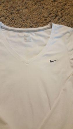 Nike shirt juniors small Thumbnail