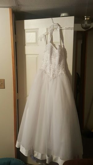 White wedding dress for Sale in Arbutus, MD