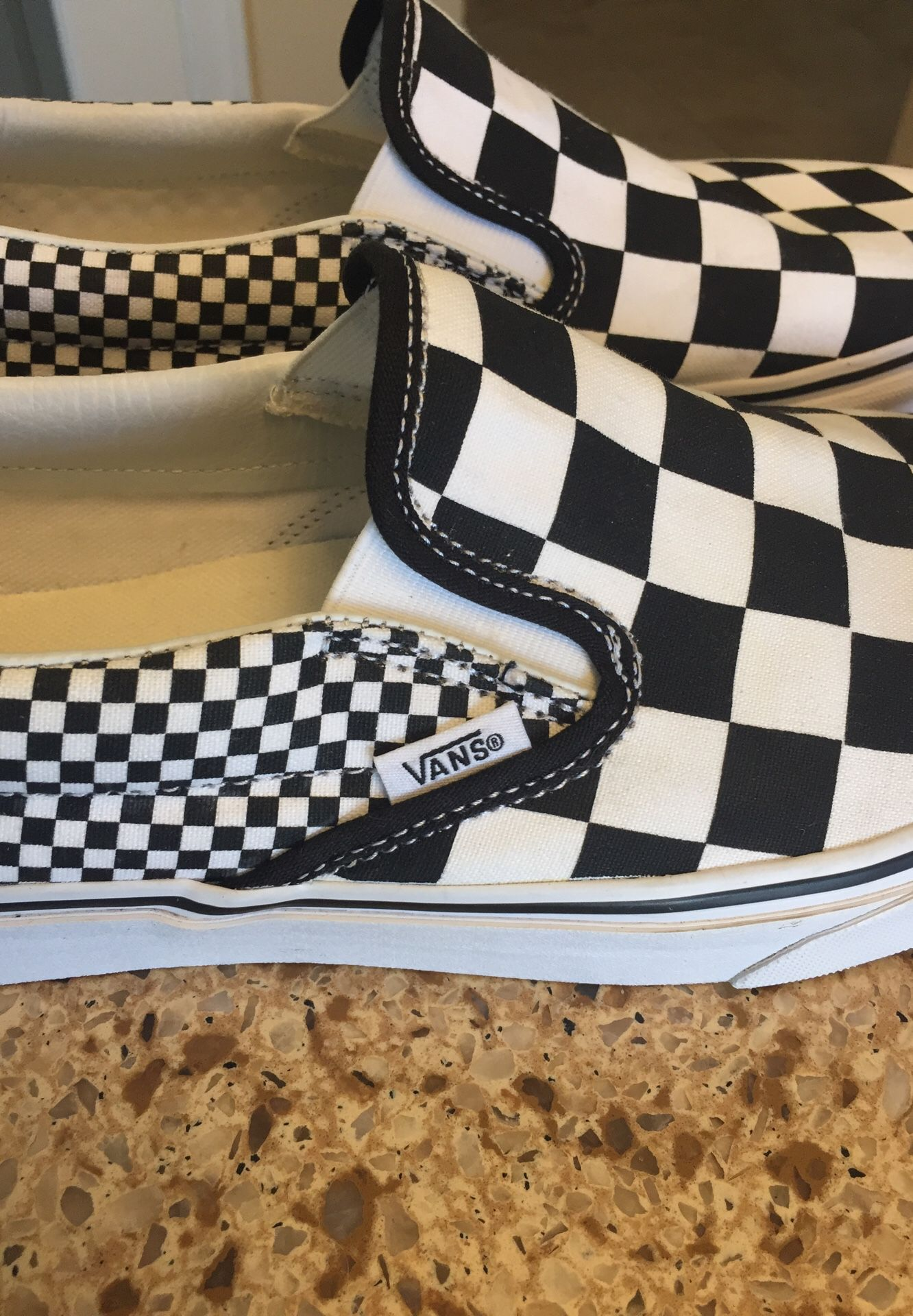 BRAND NEW VANS 🔥Classic Slip-On Checkerboard Shoes Mens Size 9.0 / Women's Size 10.5 Black/White (Porter Ranch Ca)