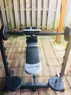Weight bench set very sturdy and excellent condition for Sale in Manassas, VA