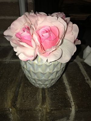 Pink Flowers In A Pearl Vase Wedding Decoration For Sale In