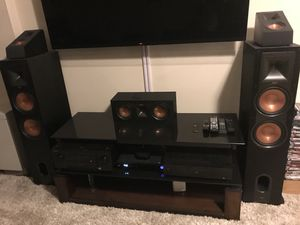 Klipsch Surround Sound 10 piece Speakers - Can be Sold Individually or in pairs. Great condition and less than a year old. for Sale in Daniels, MD