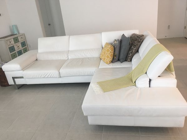 Italian white leather sofa (sectional) for Sale in Orlando, FL - OfferUp
