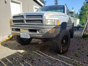 Photo 1994 dodge ram 1500 1 tons axles dana 60 lockers