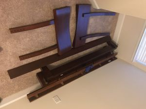 Queen bed frame for Sale in Gaithersburg, MD