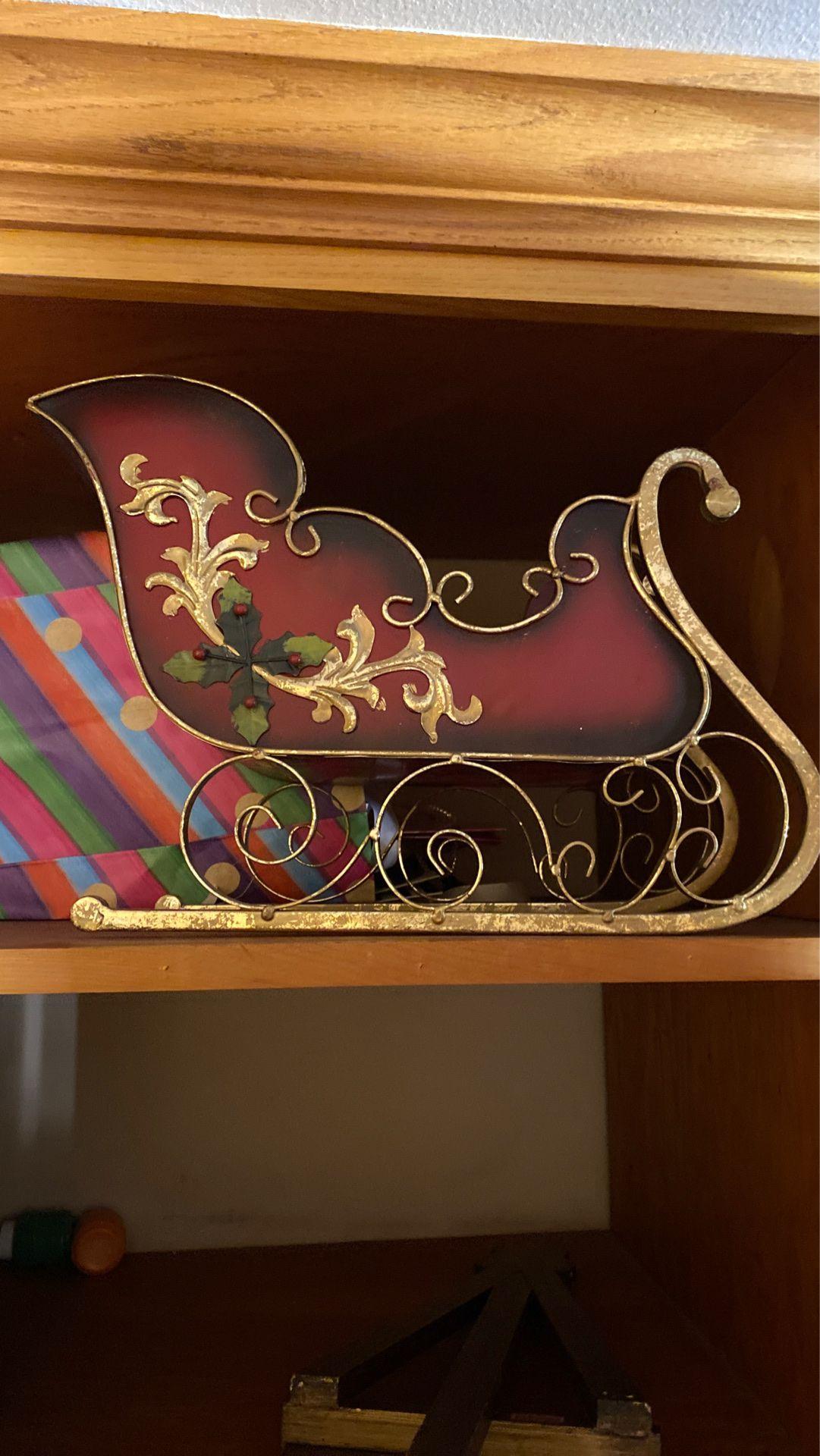 Decorating sleigh