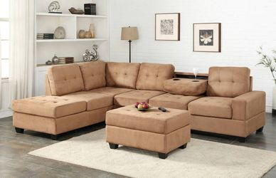 💕💕 SAME DAY and FAST DELIVERY 🚚🚚 BRAND NEW and IN BOX😍 Heights Taupe Reversible Sectional With Storage Ottoman  Thumbnail