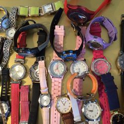 Bundle Lot Of Assorted  Women's And Men's Watches For Crafts  Thumbnail
