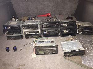 I Got Tv Radios N CD Players For The Low Hit ME UP for Sale in Milwaukee, WI