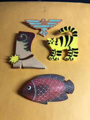4 Fashion Jewelry Pins From Estate 3 are Ceramic & 1 is Wood as Pictured for Sale in Berlin, NJ