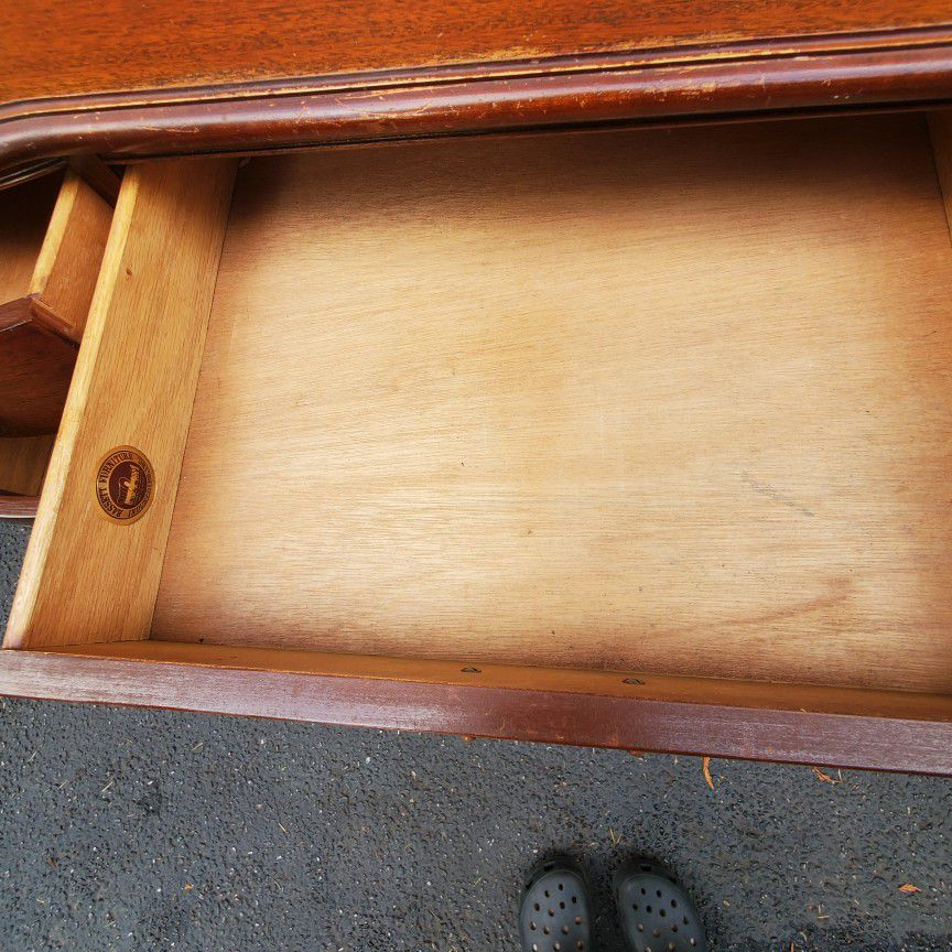 Beautiful Bassett furniture all solid wood work dusk vintage. Antique. Lots of drovers storage space. Only $75 price to sell. Double-sided Desk