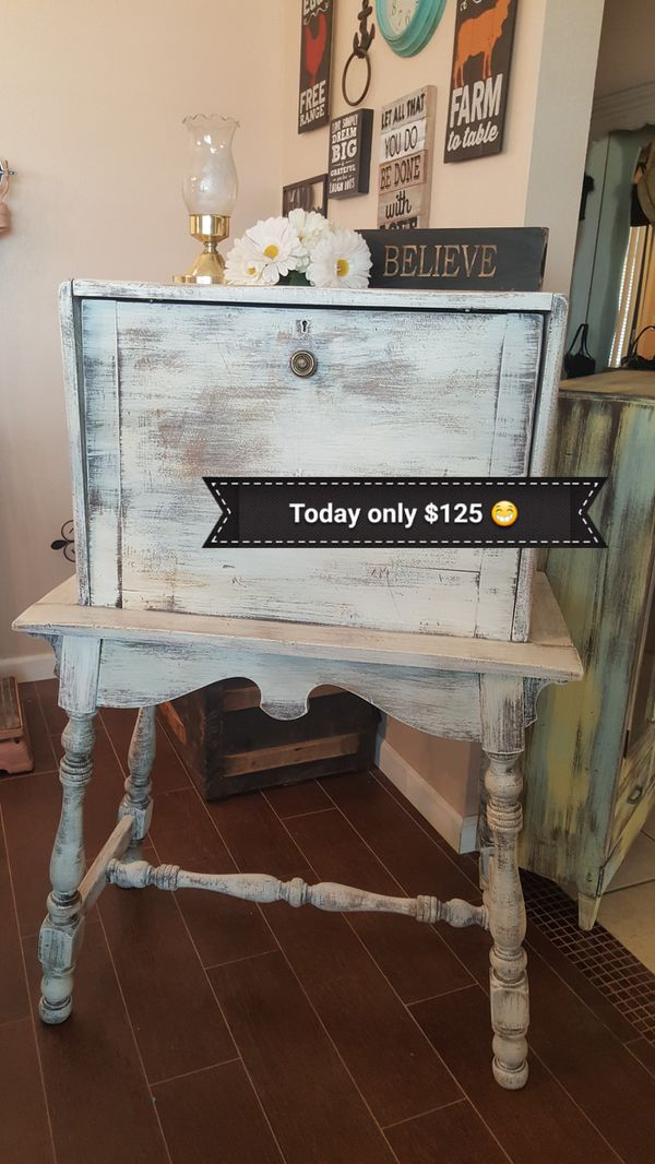 Shabby Chic Secretary Desk 46 T31 W17 5 D Furniture In Apple Valley Ca Offerup