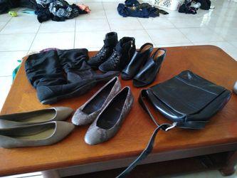 Christian Siriano And Rockport Shoes And Handbag . Thumbnail