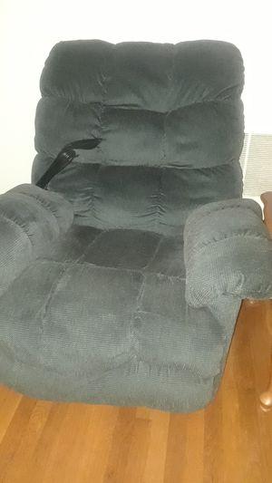 Reclining chair for Sale in Gordonsville, VA