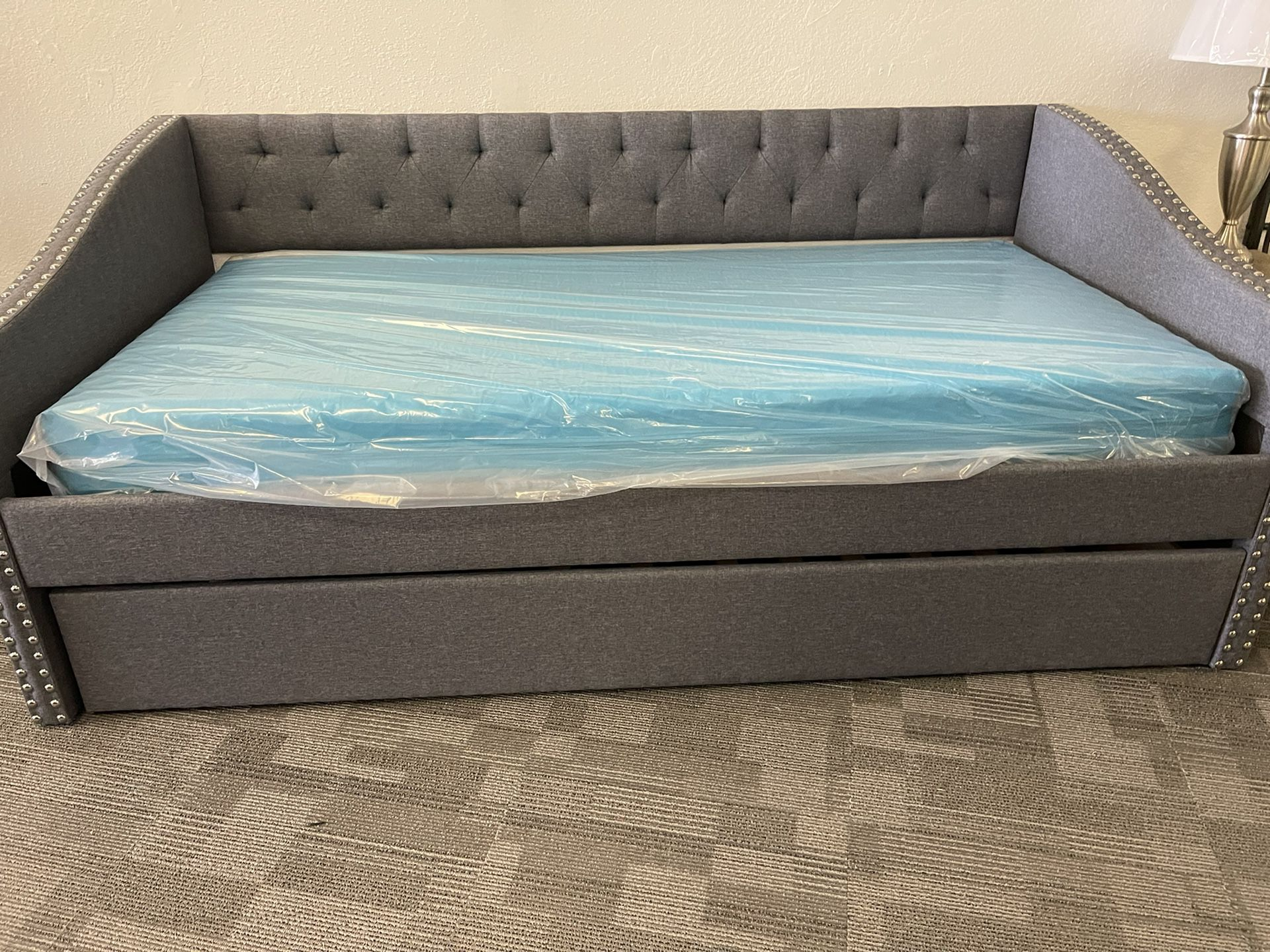 Twin Trundle Day Bed