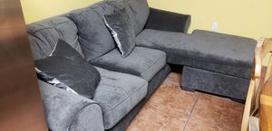 Free sofa and pull out bed need gone today monday 15 for Sale in Miramar, FL