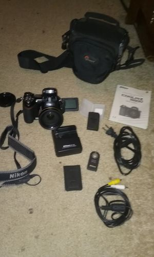 Nikon Coolpix 8800 for Sale in WA, US