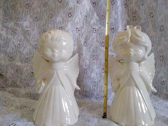 Kissing Ceramic Angels Thumbnail
