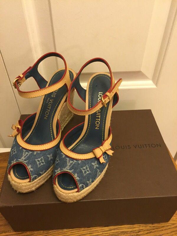 9eb27872739e Authentic Louis Vuitton Girl Platform Shoes SZ 34-1 2 for Sale in ...