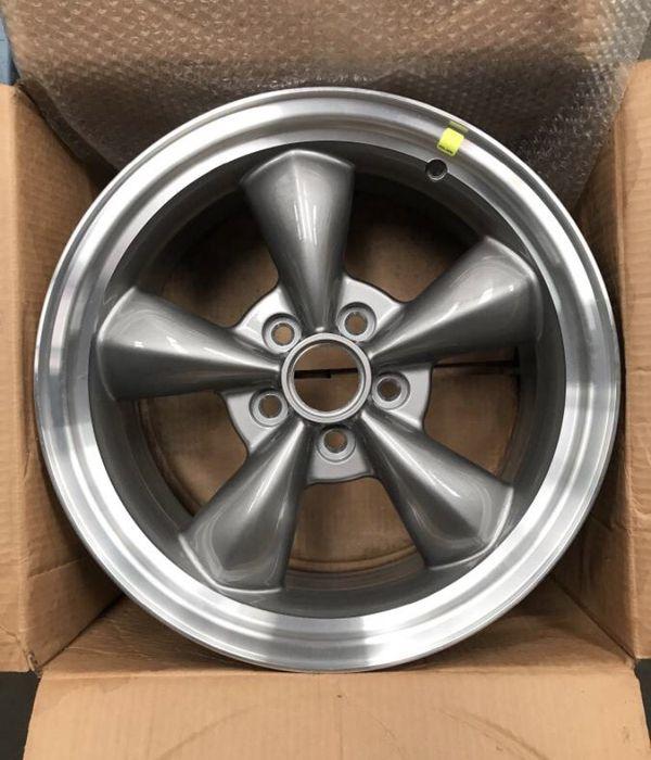 Mustang Gt Bullitt Style Wheel For Sale In Los Angeles, CA