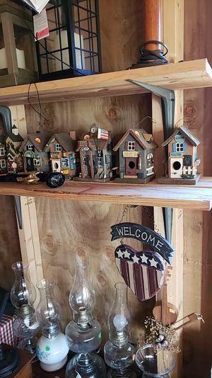Wooden birdhouse for Sale in Farmville, VA