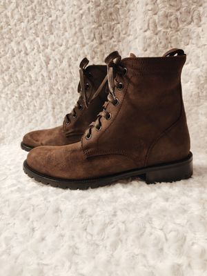Photo Harry's of London suede combat boots NWOB size 42. If you have any questions or photo requests please let me know before you purchase.