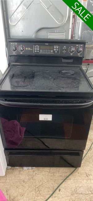 Photo 😍😍Electric Stove Oven GE Black Glass Top #817😍😍