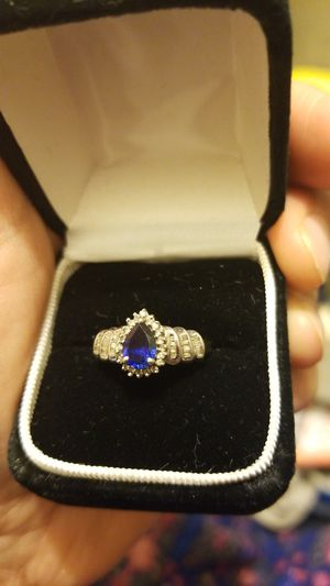 14k WHITE GOLD RING WITH SAPPHIRE for Sale in VA, US