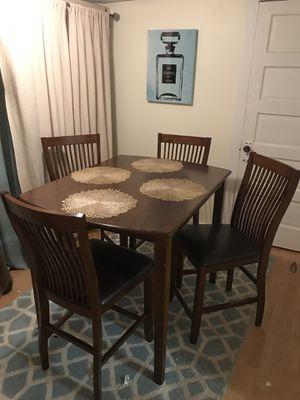 Dining table for Sale in Woodbridge, VA