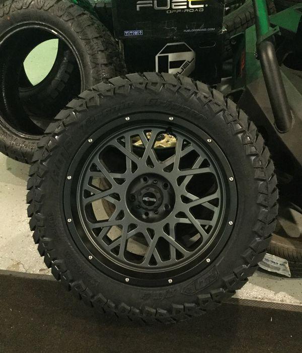 """20"""" Vision Wheels With Lt285/55/r20 Amp Terrain Gripper"""