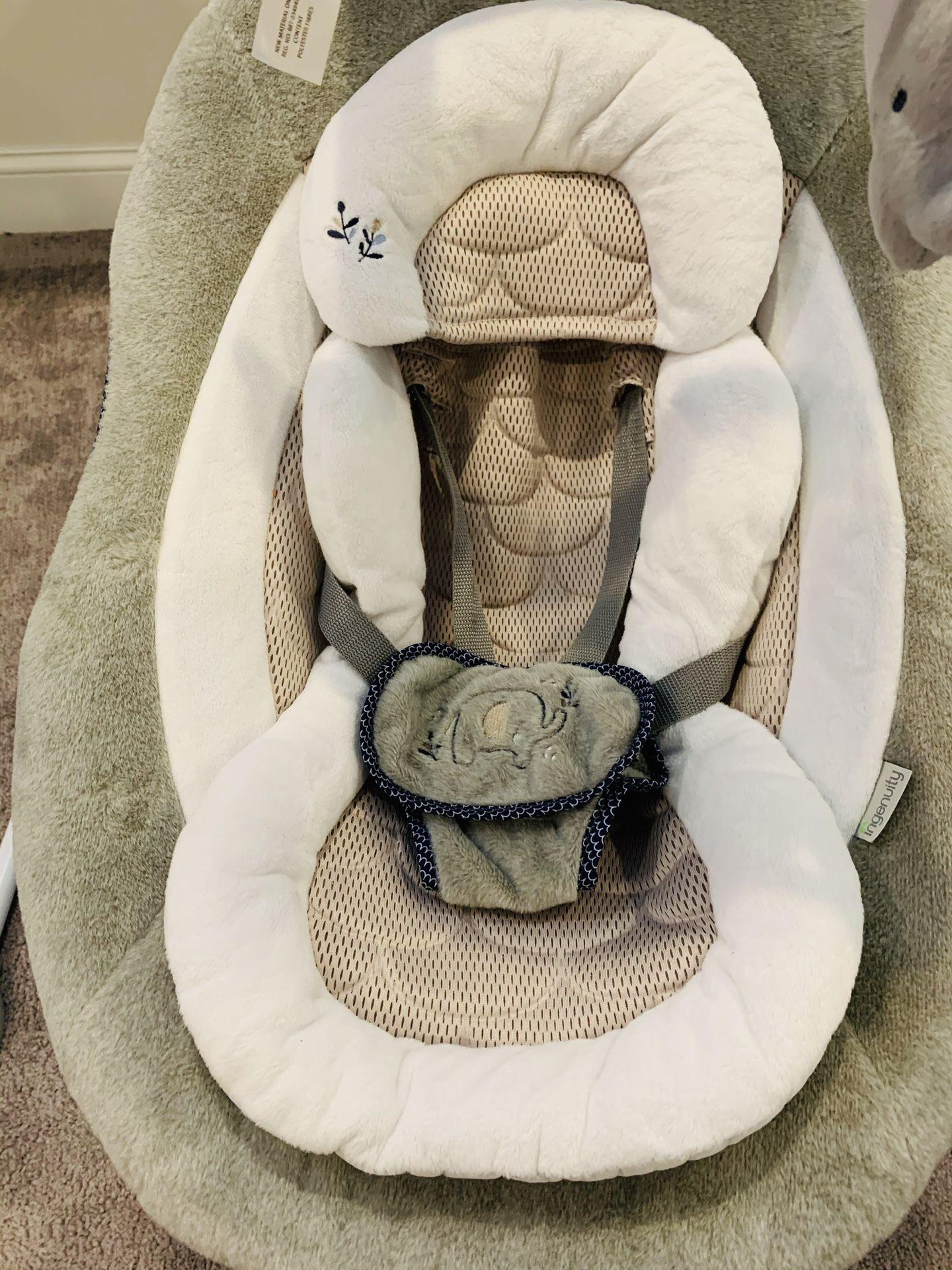 DreamComfort InLighten Cradling Baby Swing