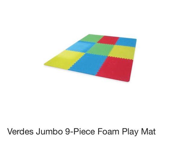 Verdes Jumbo 9-Piece Foam Play Mat