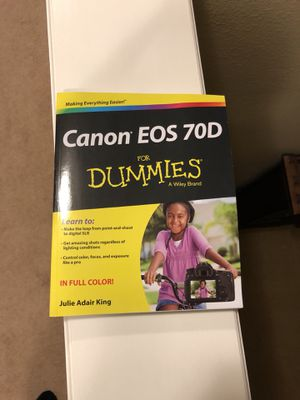 Canon eos 70d for dummies book for Sale in Polk City, FL